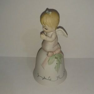 Holiday collectible home decor figurine